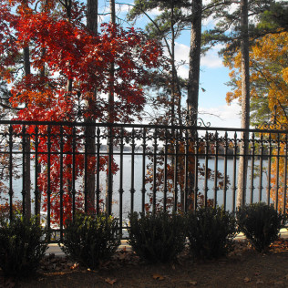 Aluminum fencing in Monroe, Oak Island, & the surrounding NC areas