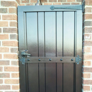 Iron Gates, Gate Installation, Iron Fencing<br/>Winnabow, NC and Wilmington, NC